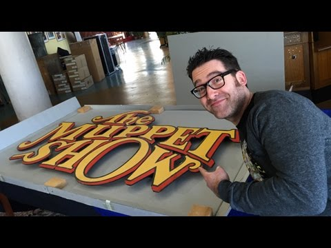 ToughPigs & The Jim Henson Company: Unboxing! Ep. 10  - The Muppet Show Sign