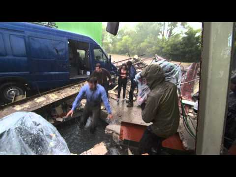 Into the Storm (2014) (Featurette)