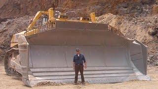 Video World Dangerous Bulldozer Operator Skill - Biggest Heavy Equipment Machines Working MP3, 3GP, MP4, WEBM, AVI, FLV September 2019