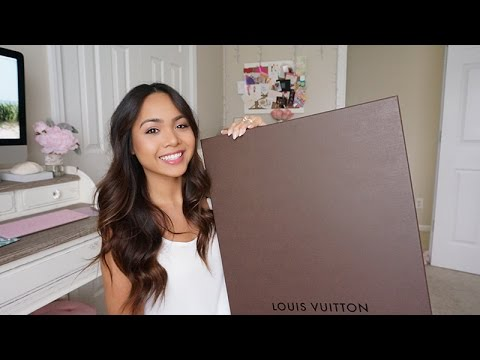 Unboxing & Reveal - Louis Vuitton Neverfull MM Rose Ballerine | Birthday HAUL! | Charmaine Dulak