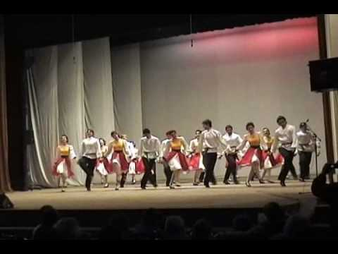 Jewish folklore - Ansambyl Haskovo Evreiski tanc A Jewish Dance performed by A Bulgarian folklore ansemble from Haskovo city.