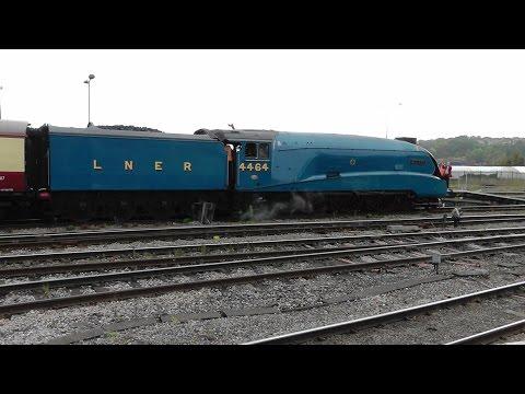 LNER 4464 Bittern & 70013 Oliver Cromwell visit Bristol o...