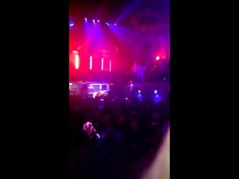 90's allround DJ Paul Elstak @ de auw kerk in Bunde (видео)