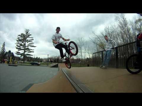 Auburn Skate Park with Adam Dillard and Robert Kilgore Bmx Edit 2011