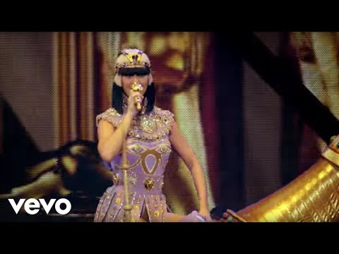 Katy Perry - Dark Horse (The Prismatic World Tour Live)