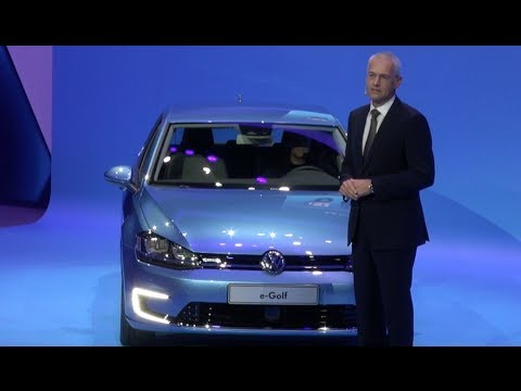debut show - http://www.TFLcar.com ) The 2015 Volkswagen e-Golf is VW's latest effort to build an all electric car. VW says that unlike other electric cars the e-Golf i...