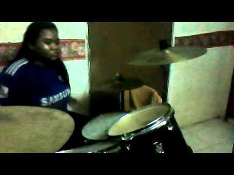gleeky glee's playing drums ''instrumental'' (видео)