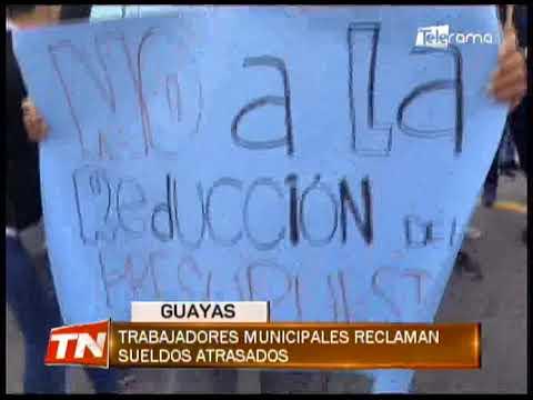 Trabajadores municipales reclaman sueldos atrasados