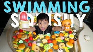 Video Squishy Dare! Swimming With Squishy!! - Mandi Squishy | Qahtan Halilintar MP3, 3GP, MP4, WEBM, AVI, FLV Desember 2017