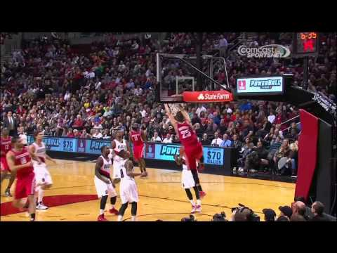 Sick Alley-oop from Omri Casspi to Chandler Parsons