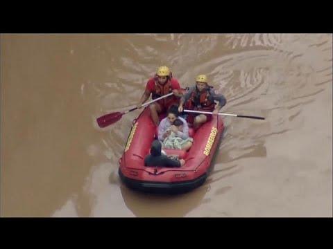 12 Tote durch Unwetter mit heftigen Regenfällen in Br ...