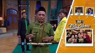 Video Fatin Shidqia Diajak Main Angklung Sama Haji Bolot MP3, 3GP, MP4, WEBM, AVI, FLV September 2018
