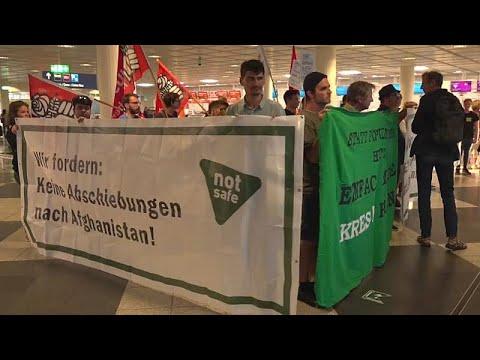 Bayern verschärft Abschiebung - Proteste am Münchener ...
