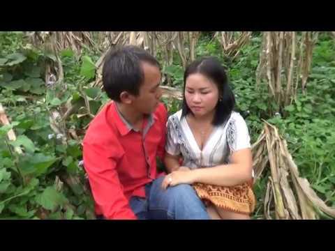 movie ntshai tsam poob noob cia poj niam rau luag (видео)