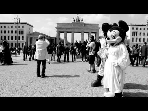 U2 - Oh Berlin lyrics