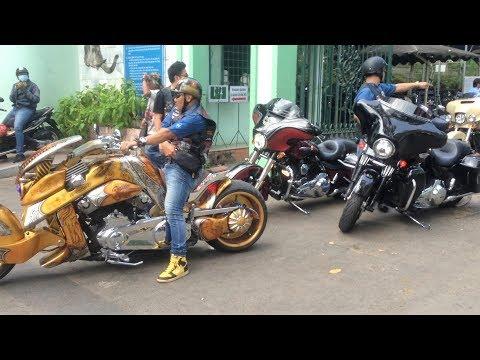 Tiếng pô làm náo loạn Sài Gòn của dàn Harley Davidson và đoàn xe cổ trong THE ROAD TO SAIGON 2018 - Thời lượng: 6:50.