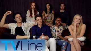 "The cast of ""Riverdale"" previews Season 2 with Andy Swift at Comic-Con 2017, and wonders if Sabrina would fit into the show. ► http://bit.ly/TVLineSubscribehttp://tvline.comFollow Us On SocialTwitter http://twitter.com/MichaelAusiello, http://twitter.com/TVLineFacebook http://www.facebook.com/pages/TVLineGoogle+ http://plus.google.com/+TVLine"