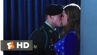 Billy Lynn's Long Halftime Walk (2016) - Backstage Love Scene (3/10) | Movieclips