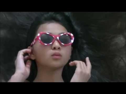 "CHILD STAR JULIA GRUENBERG AT PREMIERE OF FX'S SITCOM ""BASKETS"""