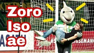 Download Video Jojo dan Zoro main Games giring Bola bersama para Bonita di lapangan | Persebaya vs Madura united MP3 3GP MP4