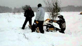 7. снегоход  ski-doo mxz 600 etec из канавы!