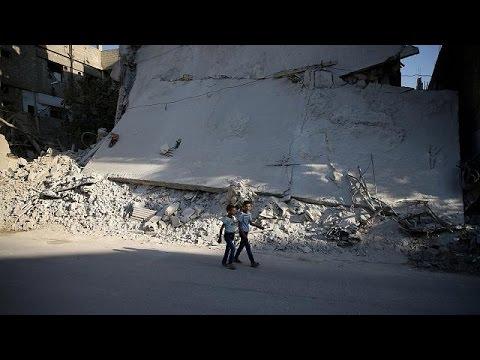 Συρία: Μάχες στη Δαμασκό παρά την εκεχειρία – Προβλήματα στη διανομή ανθρωπιστικής βοήθειας