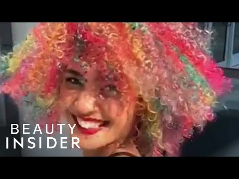 Hair salon - Hair Stylist Is The Queen Of Colorful Curls And Coils