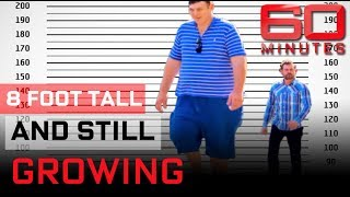 Video Meet the tallest man in the world |  60 Minutes Australia MP3, 3GP, MP4, WEBM, AVI, FLV Desember 2018