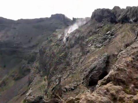 il vesuvio di napoli - il vulcano più famoso d'italia