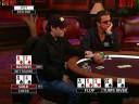 Джейми Голд играет в покер