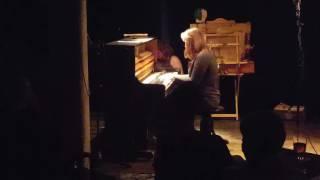 Video Labyrinth piano version live