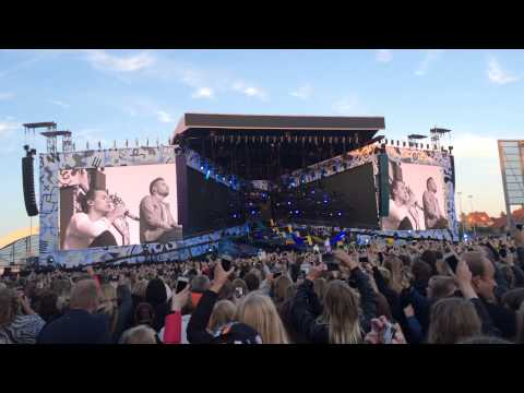One Direction - Little Things live @Casa Arena Horsens 16.6.15 (видео)