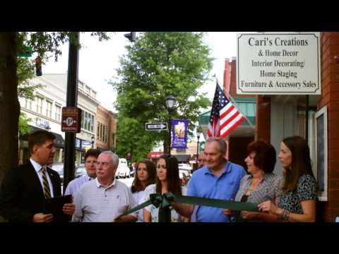 Ribbon Cutting at Cari's Creations