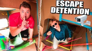 ESCAPE DETENTION!! Ultimate BOX FORT Highschool ESCAPE ROOM CHALLENGE (Part 1)