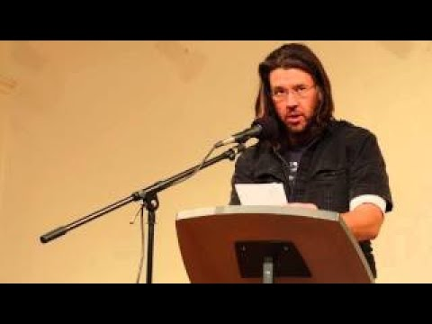 David Foster Wallace reads Consider the Lobster (on the 2003 Maine Lobster Festival)