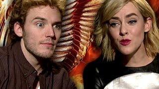 Sam Claflin on Liam's Kissing & Jenna Malone on Bieber's Swag - Catching Fire Interviews