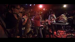 Snarky Puppy - Quarter Master live in Paris