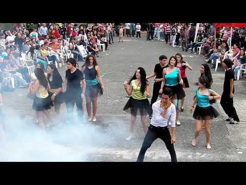 Comparsa grados Noveno Fiestas Gemellistas 2012
