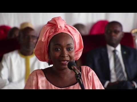 Cérémonie de remise de diplômes UAHB Discours de la fille de Amadou Hampaté BA