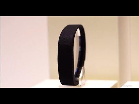 CES 2014 — FIRST LOOK: New Wearable Technology from Sony