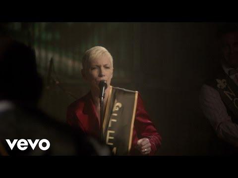 Tekst piosenki Annie Lennox - Mood Indigo po polsku