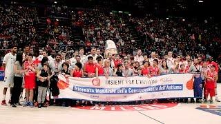 I nostri ragazzi  in campo insieme ai campioni dell'Olimpia Basket Milano  al Mediolanum Forum