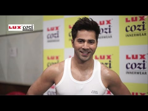 Video Making of Lux Cozi - Suno Toh Apne Dil Ki Still Shoot featuring Varun Dhawan download in MP3, 3GP, MP4, WEBM, AVI, FLV January 2017