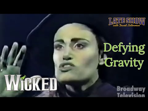 "Idina Menzel - ""Defying Gravity"" - WICKED (Late Show with David Letterman)"