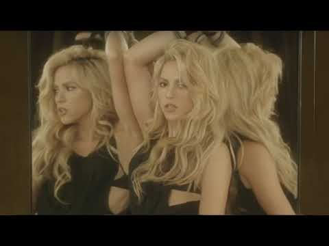 Shakira   Chantaje ft  Maluma Official video