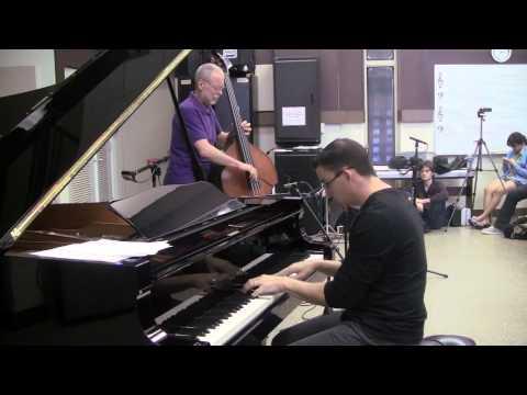 Segment - Dave Holland and Martin Bejerano