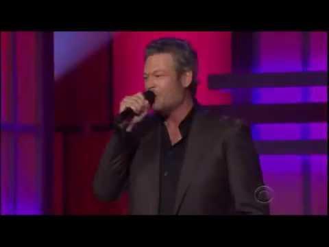 Blake Shelton - Southern Nights (ACM Honors Glen Campbell 2016) (видео)