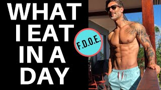 Video WHAT I EAT IN A DAY – A full day of eating with Men's Health Cover Guy Weston Boucher MP3, 3GP, MP4, WEBM, AVI, FLV Mei 2019