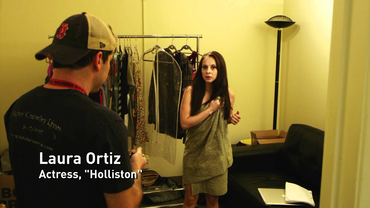 "THE ROAD TO HOLLISTON - ""ON SET WITH LAURA"""