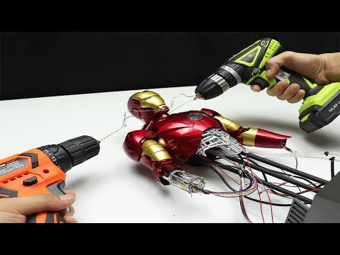 Iron Man Mark III - CHECK THIS OUT! With moving parts! (видео)
